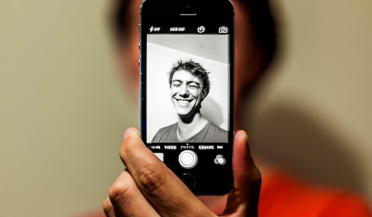 L'uso del proprio corpo nell'era del digitale: da pratica rischiosa a palestra interattiva